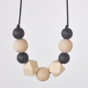Julia teething necklace
