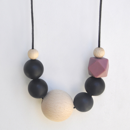 LAURA teething necklace