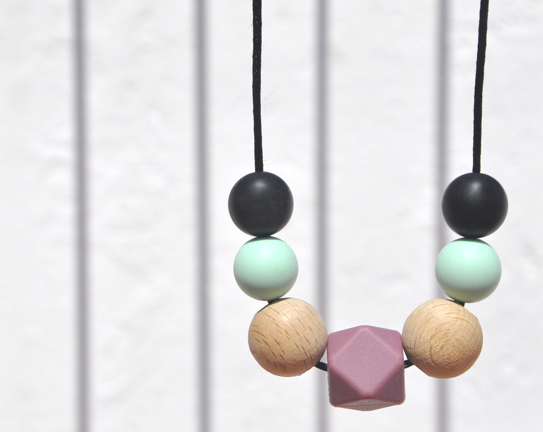RITA teething necklace