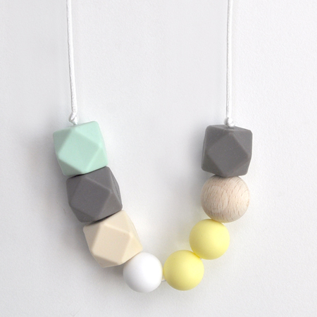 marina-teething-necklace